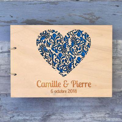 Livre d'or de mariage sur bois - Coeur fleuri